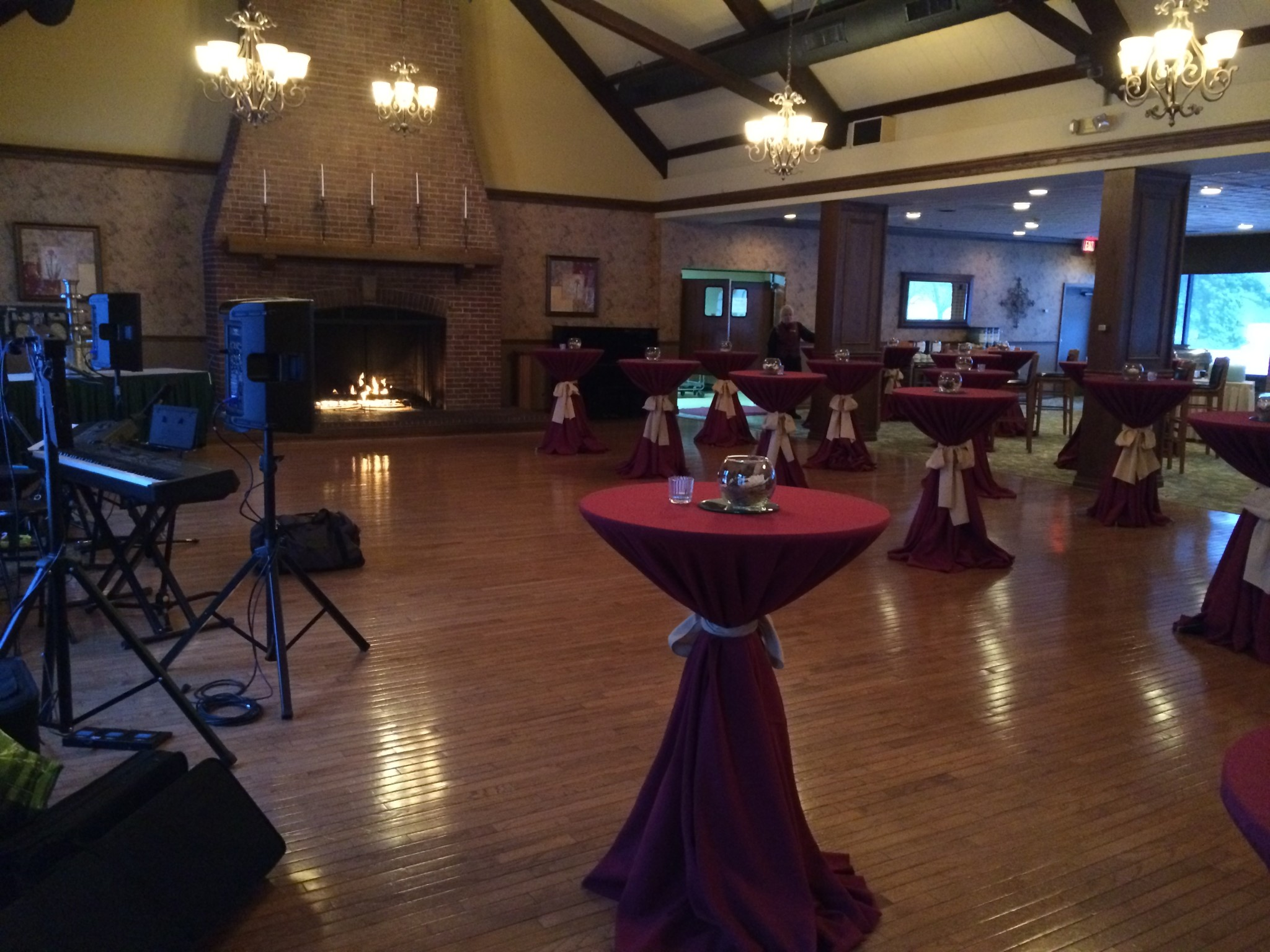 Meadowbrook Country Club Hosts Modine Party