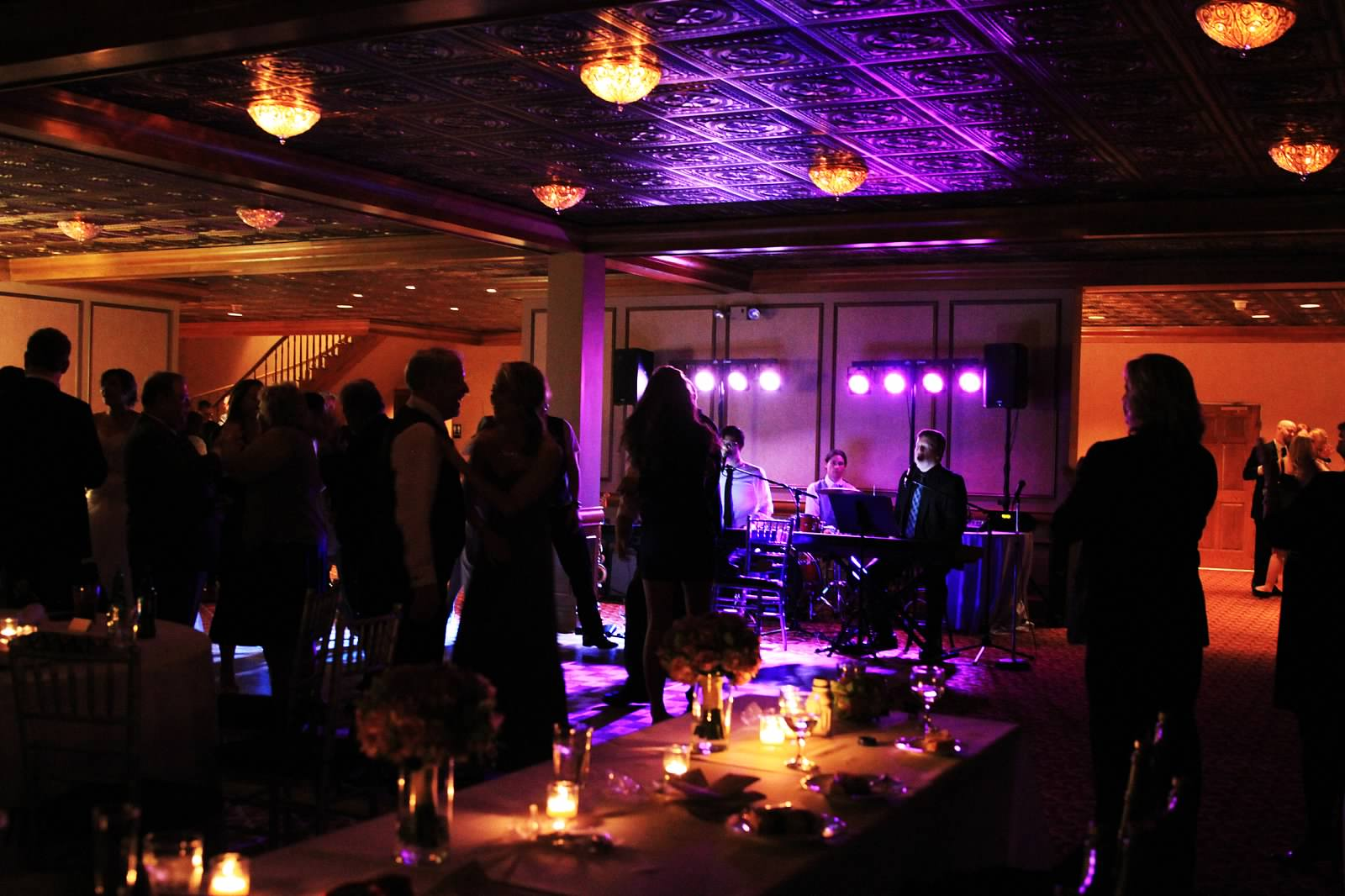 Dueling Pianos Bride's Review