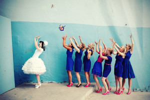 bouquet toss wedding traditions