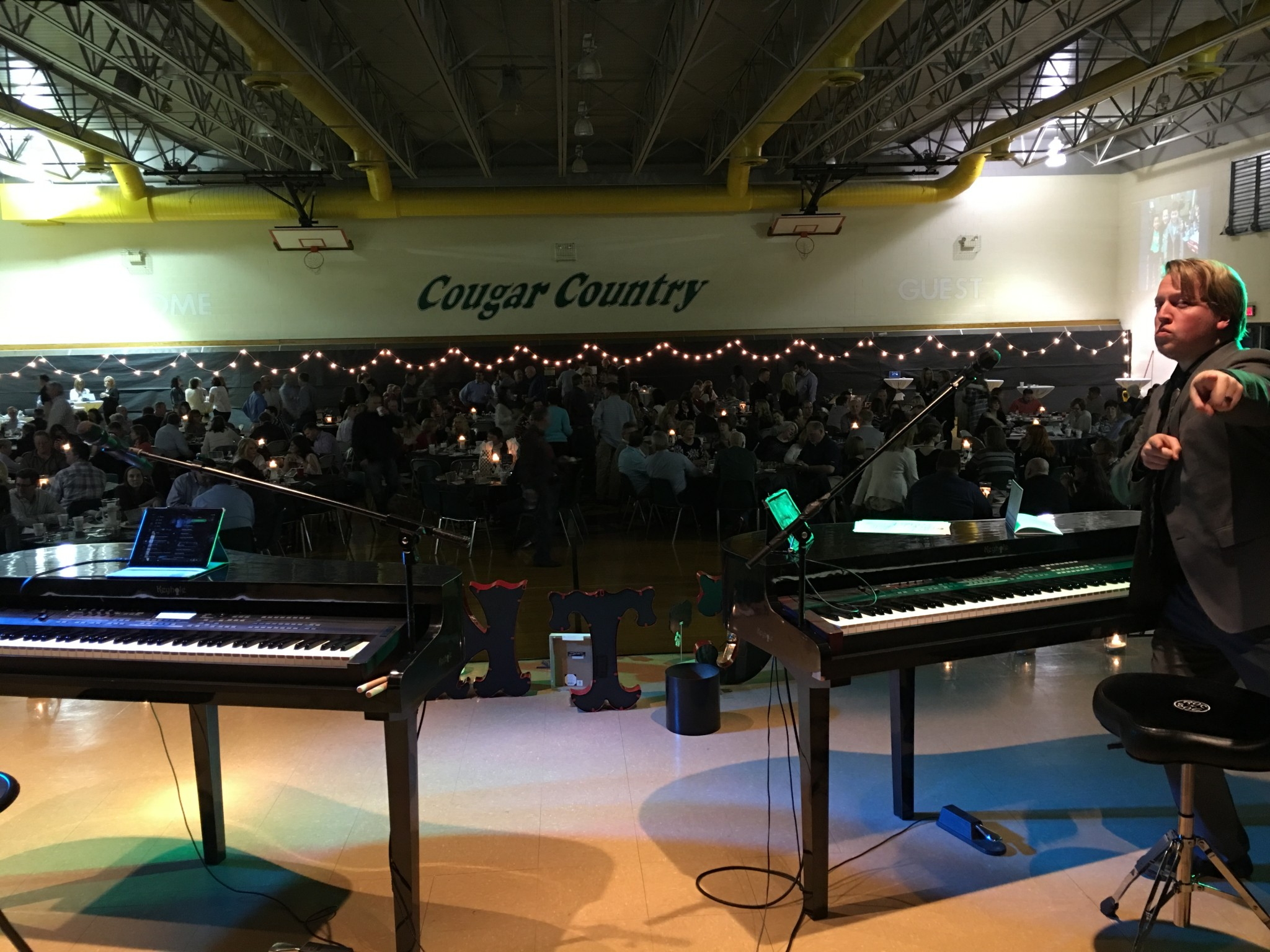 Catholic Fundraiser for Christ the King, Springfield IL: F&F Dueling Pianos