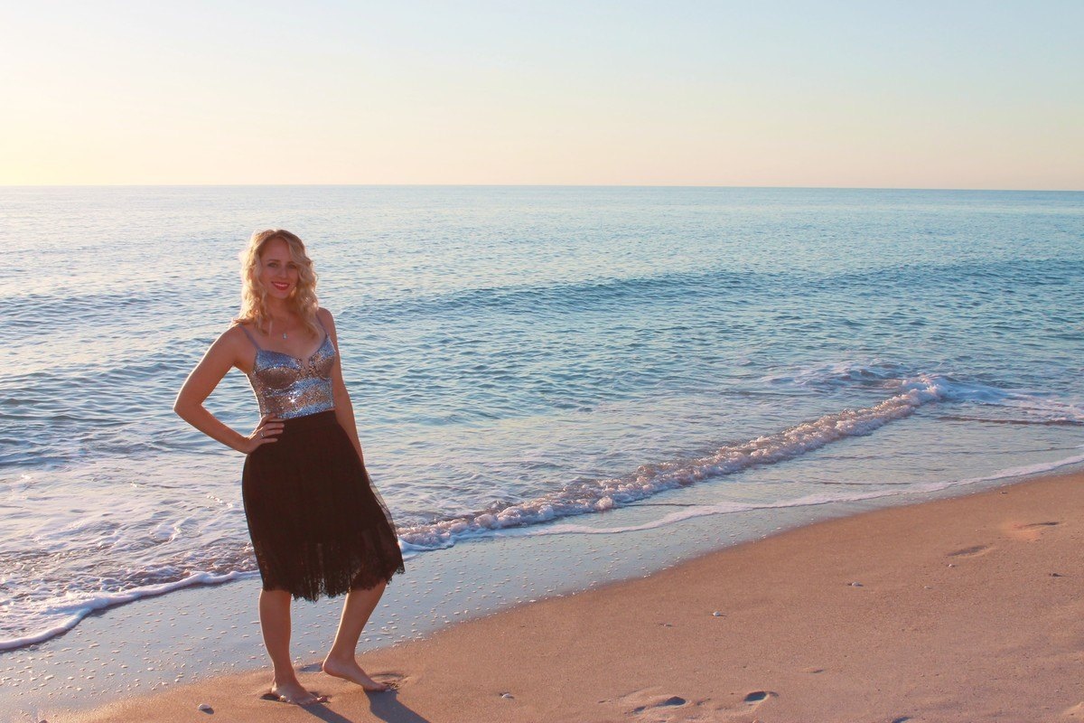 Brittany Brumfield Enjoying The Beach